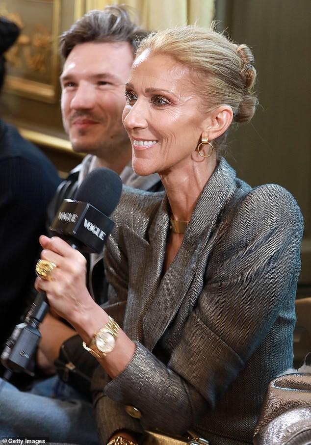 Fan ngỡ ngàng không nhận ra nữ ca sĩ Celine Dion: Thân hình trơ xương, khuôn mặt đầy nếp nhăn  1