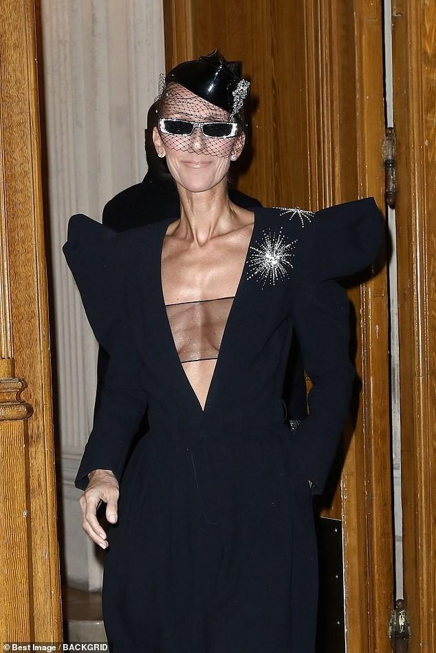 Fan ngỡ ngàng không nhận ra nữ ca sĩ Celine Dion: Thân hình trơ xương, khuôn mặt đầy nếp nhăn  9