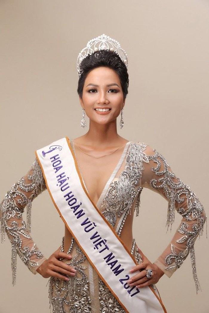 Bất ngờ về người đàn ông được dân mạng ghép đôi nhiệt tình với Hoa hậu H'Hen Niê 4