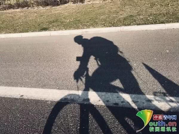 Hy hữu: Chán ngán cảnh chen chúc về quê, nam sinh đạp xe 500km trong 7 ngày để về quê ăn Tết 2