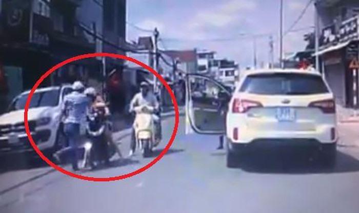Hình ảnh Công an Đồng Nai vào cuộc vụ lái xe côn đồ đánh phụ nữ số 1