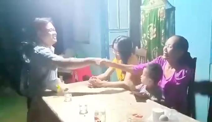 Nam tài xế đến tận nhà xin lỗi trực tiếp người phụ nữ bị mình tát ở Đồng Nai: