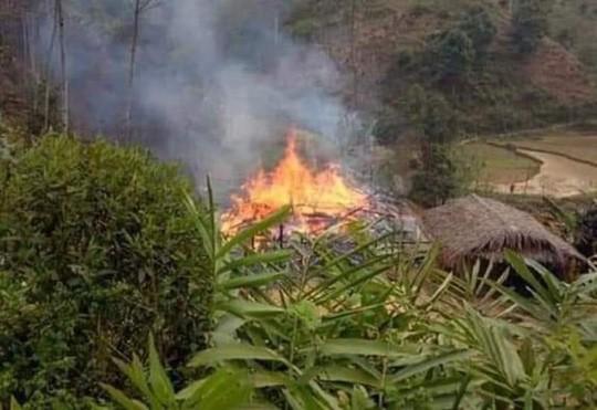 Hòa Bình: Phóng hỏa đốt nhà bố vợ rồi nhảy vào đám cháy tự thiêu 1