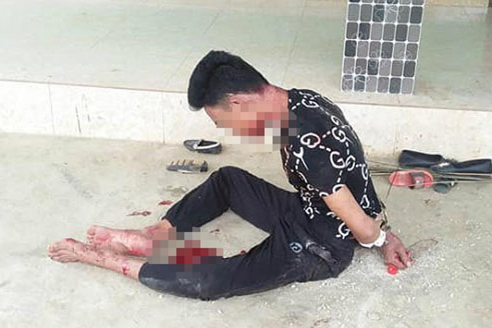 Nghệ An: Chồng ôm chặt vợ nằm chết trên vũng máu trong căn nhà khóa trái cửa 1