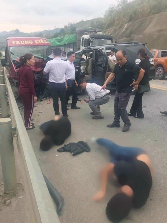 Vụ tai nạn nghiêm trọng 12 người thương vong trên cao tốc: Tài xế xe 7 chỗ có dùng bia rượu 1