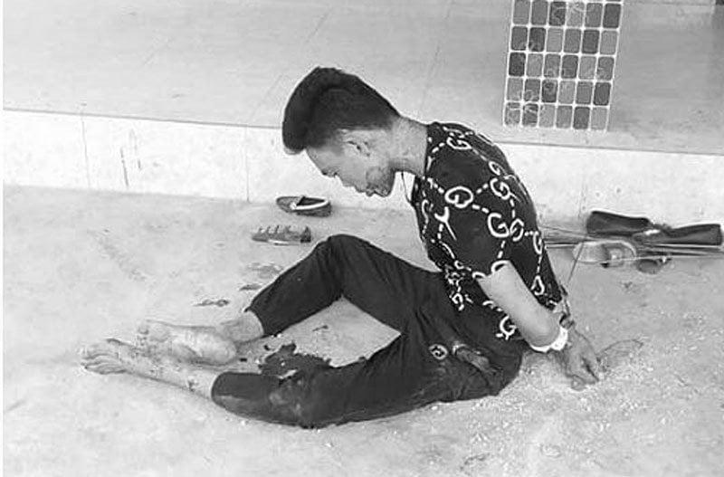 Vụ chồng ôm thi thể vợ trong nhiều giờ ở Nghệ An: Lời khai lạnh gáy của nghi phạm 1