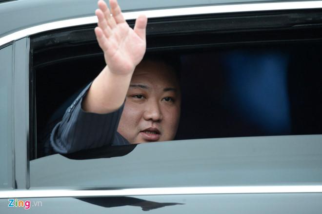 Toàn cảnh đoàn tàu bọc thép chở ông Kim Jong un đến ga Đồng Đăng 4
