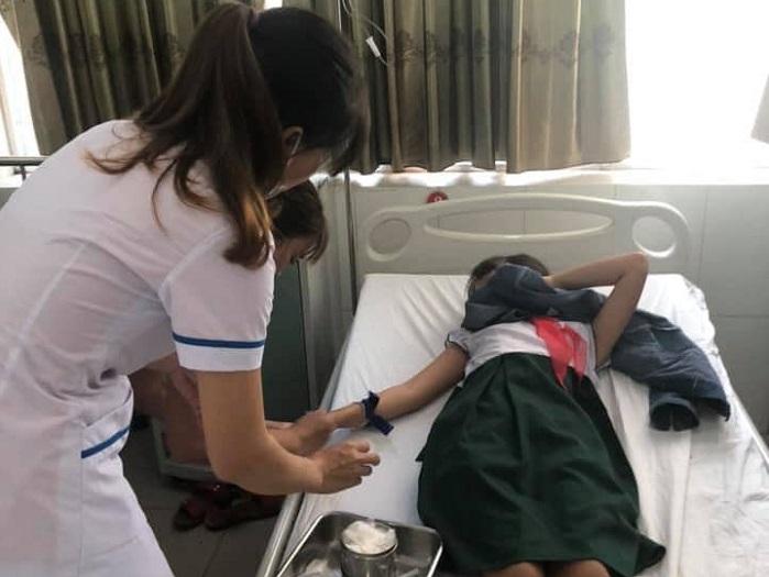 16 em học sinh ở Quảng Nam nhập viện sau khi uống trà sữa 1