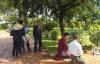 Phát hiện xác chết nam giới treo cổ ở công viên