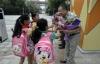 Giáo dục - Thầy hiệu trưởng suốt 6 năm đứng cúi chào học sinh ở cổng trường