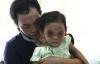 Những câu nói nhói lòng của bé 4 tuổi với người mẹ đánh con biến dạng mặt
