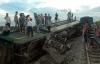 Tàu hỏa đâm xe container: Hàng trăm hành khách hoảng loạn, gào thét