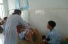 Thêm nhiều học sinh nhập viện sau khi tiêm vắc-xin tại trường