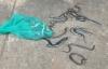Vụ xe ô tô Innova thả 3 bao tải rắn vào khu dân cư: Thiêu hủy 5kg rắn