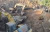 Cận cảnh hòn đá quý 27 tấn trị giá hàng tỷ đồng đào trong vườn cà phê