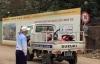 Bị xe tải kéo lê, thiếu nữ kêu cứu thảm thiết rồi tử vong