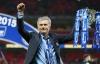 Mourinho vui như trẻ thơ khi cùng Chelsea vô địch Capital One Cup