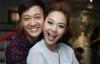 Giải trí - Lương Mạnh Hải ôm chặt Minh Hằng ngày gặp lại