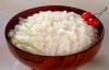 Thói quen dùng đồ ăn thừa nhiều người mắc gây nguy hiểm
