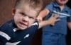 Giáo dục - Điều cha mẹ cần làm khi trẻ có tính hung hăng