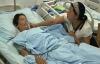 Con gái truyền nhầm nước giặt quần áo vào tĩnh mạch cho mẹ