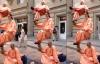 Giải mã clip 2 người bay trên phố như Tôn Ngộ Không