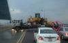 Container bất chấp nguy hiểm, quay đầu trên cầu Thăng Long