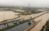 Hà Nội: Nhiều tuyến phố ngập nặng sau đêm mưa đầu hạ