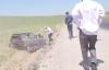 Video: Tai nạn trên đường dẫn dâu, tài xế bắn ra khỏi ghế lái