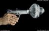 Quay chậm quá trình đạn được bắn ra từ nòng súng