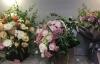 Thị trường hoa tươi dịp 20/10: Một giỏ hoa hàng chục triệu vẫn cháy hàng