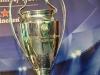 Mắt thấy, tay sờ chiếc cúp Champions League tại Việt Nam