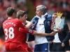 Gerrard đòi Mourinho trả cup, Man City và Chelsea tình tứ bên nhau