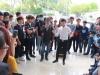 'Thánh bàn chải' rủ anh 'chàng trai bán kẹo kéo' đi thi Vietnam Idol 2015