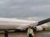 Máy bay chở 173 người trượt khỏi đường băng, hành khách khiếp đảm