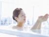 Những thói quen không tốt cho sức khỏe khi tắm
