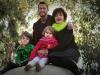 Kì lạ người đàn ông hoãn chuyển giới để sinh con cho vợ