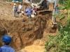Đường ống nước sông Đà vỡ lần thứ 13, hàng vạn hộ dân bị ảnh hưởng