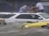 Video: Siêu bão Patricia cuốn trôi hàng loạt ô tô ở Mexico