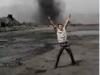 Nam thanh niên liều lĩnh 'tự sướng' trước vòi rồng đen ở Quảng Ninh
