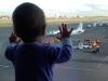 Bé 10 tháng tuổi thành biểu tượng thương tâm của thảm kịch máy bay Nga