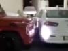 Cách đại gia Mercedes trừng phạt xe chắn lối