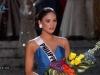 Clip người đẹp Philippines bị thí sinh ngó lơ khi đăng quang HHHV 2015