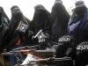 Một phụ nữ bị IS sát hại vì cho con bú nơi công cộng
