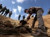 Phát hiện thi thể người Yazidi bị IS giết hại gần Sinjar, Iraq