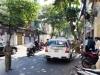 Tài xế taxi 7 chỗ tử vong trên chiếc xe khóa kín