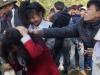 Video: Hàng nghìn người 'đánh nhau' cầu may ở Thanh Hóa