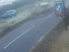 Video: Xe bị lật và bốc cháy tại Anh