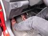 Cách tránh đạp nhầm chân ga khi lái xe ô tô