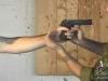Những pha tay không đoạt súng 'quá nhanh quá nguy hiểm'
